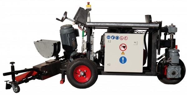 Effective road solutions from a single source with the BIGUMAtor®- processing machines